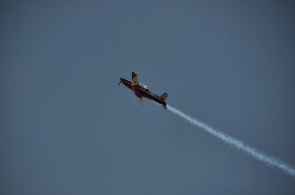Another one of the The RAAF Roulettes.