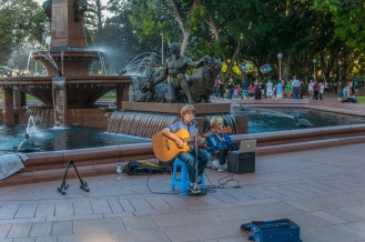 Amazing young singer in the park